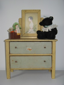 yellow doll dresser